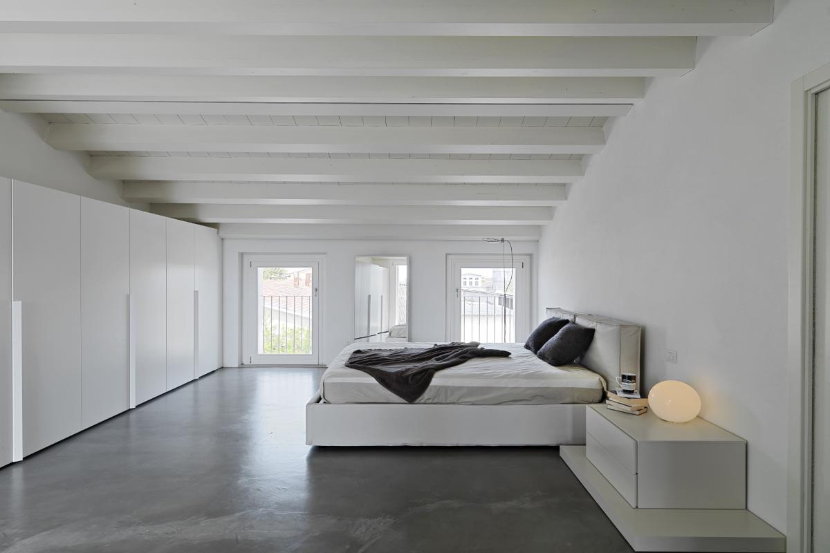 traagschuim bed